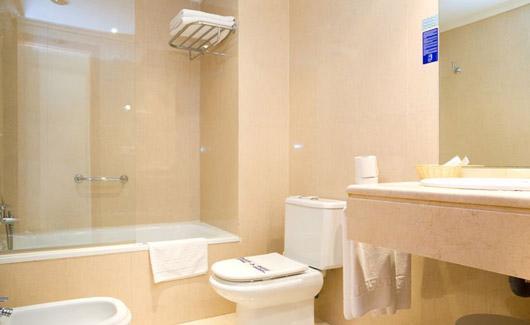 habitacion-doble-estandar-de-uso-individual-vista-mar (1)